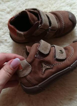 Кожаные ботинки для девочки и мальчика elefanten 21 размер