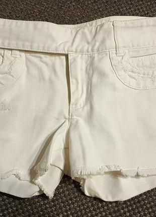 Белоснежные шорты nafnaf