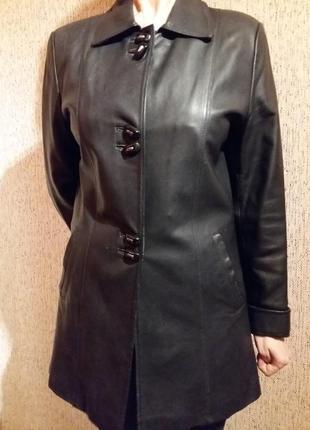 Кожаный женский пиджак. l-m