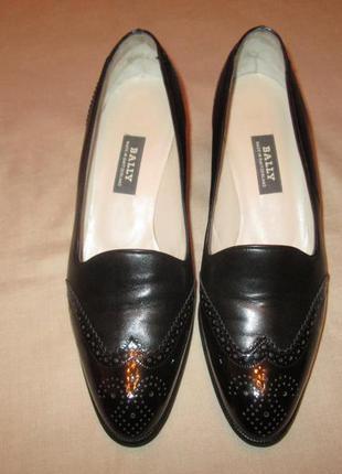 Кожаные туфли bally оксфорды лаковые женские броги