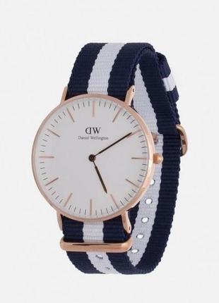 Наручные часы унисекс ( бело-синие )
