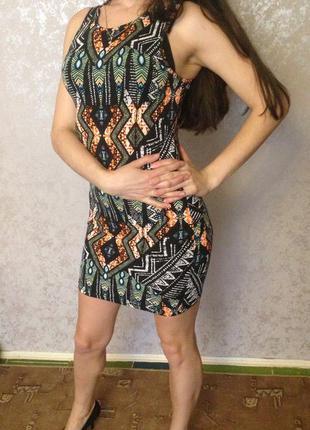 Летнее платье майка в узоры