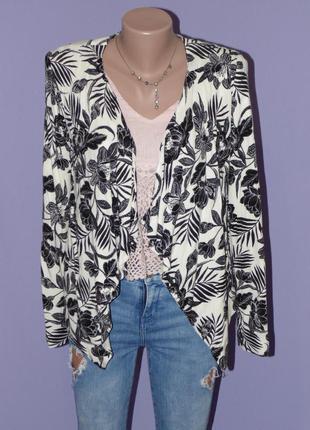 Стильный принтовый пиджак без застежек 8 размера new look