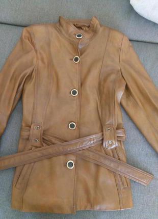 Пиджак натуральная кожа.