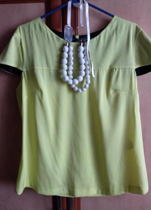 Летняя блузка ярко-лимонного цвета