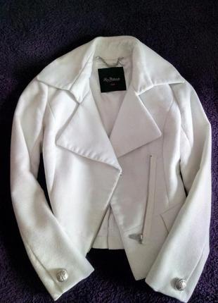 Белый пиджак kira plastinina