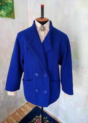 Красивое синее(электрик)теплое 100% шерстяное полу пальто,oversize,жакет,классическое.