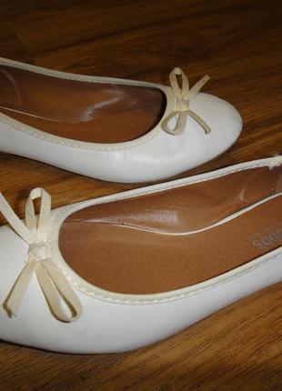 Легкие летние балетки, туфли hobbs р. 37 стелька 24 см кож зам