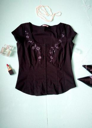 Блуза -корсет с вышивкой