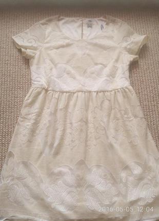 Кружевное платье р. s-m