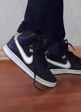 Высокие кожаные кроссовки оригинал 23.5 см