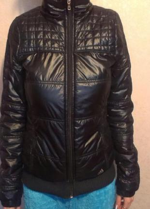 Курточка весна-осень adidas