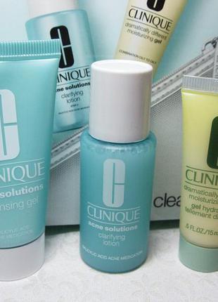 Набор clinique для очищения проблемной кожи плюс косметичка