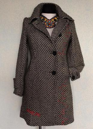 Пальто 10р наш  42-44 цена 280грн.