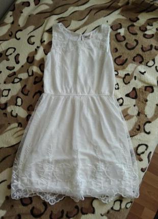 Нарядное платье для девочки h&m