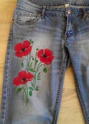 Крутые джинсы с авторским рисунком