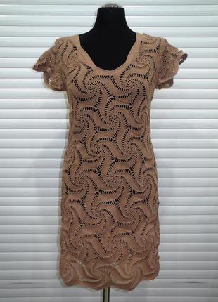 Ажурное платье, вязанное крючком