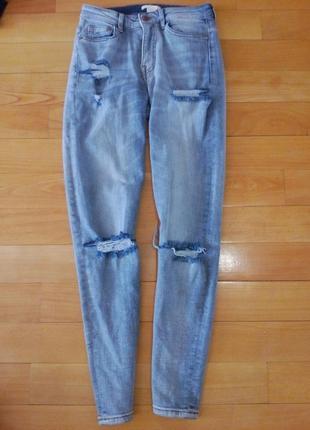 Рваные джинсы h&m