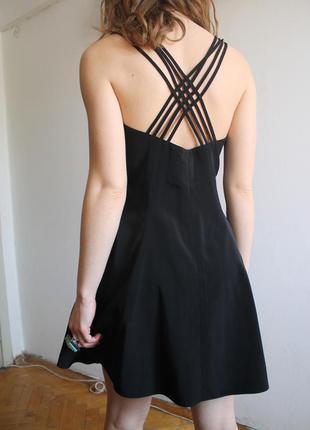 Маленькое чёрное платье / чорна сукня