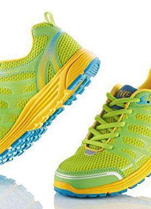Отличные немецкие кроссовки.для спорта и для прогулок. размеры 37.38.39.40