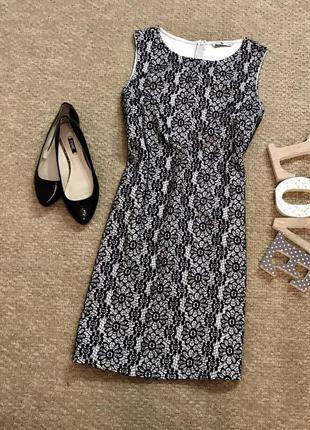 Трендовое ажурное платье tu
