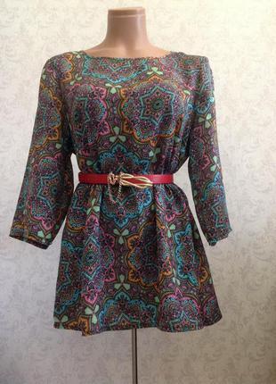 Яркая летняя туника-блуза