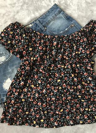 Блуза в цветочный принт на плечи new look