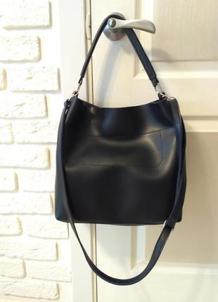 Удобная сумка на плечо, темно-синяя