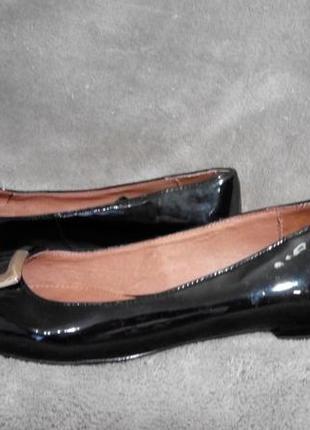 Лаковые туфли балетки 36-36,5