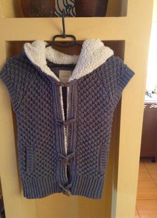 Женский свитер (кардиган) крупной вязки с капюшоном zara