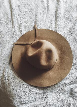 Шляпа на осень весну