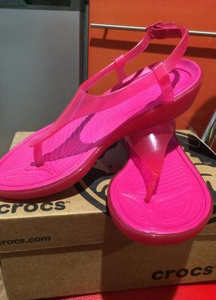 Босоножки crocs крокс