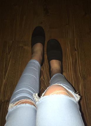 Чёрные замшевые туфельки