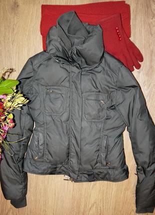 Теплая куртка с двойным воротником