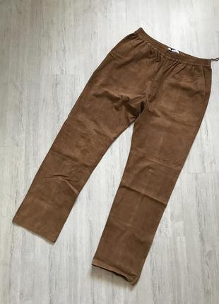 Абсолютно новые замшевые штаны mango