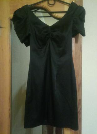 Вечернее коктельное маленькое чёрное платье
