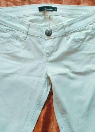 Белые штаны tally weijl