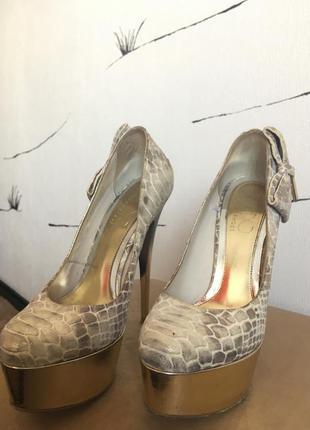 Туфли на маленькую ногу высокий каблук