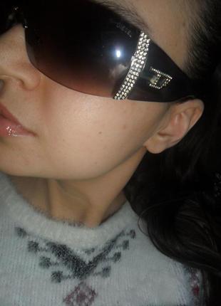 Крутые стильные очки с камнями. стильные очки фирменные очки diesel
