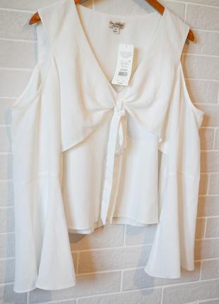 Блуза шифоновая с рукавами воланами
