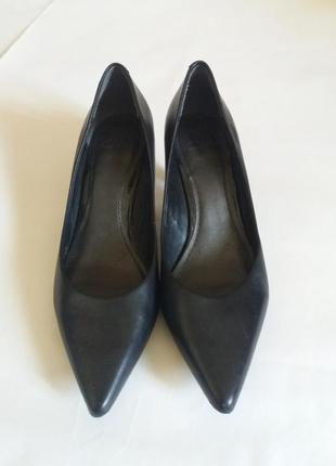 Туфли clarks кожаные размер 38