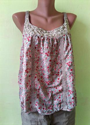 Блуза 100% хлопок коттон в мелкие цветы очень красивая  размер 44-18