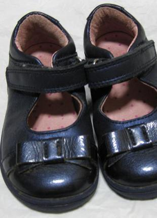 Кожаные туфли на девочку start-rite оригинал англия 22-23 размер стелька 14см х 5,5 см