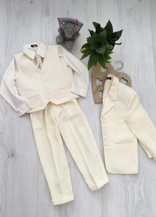 Детский классический костюм для мальчика 3-4 года1