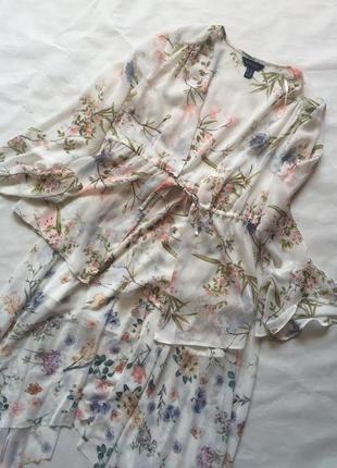 Красивый костюм юбка и блуза