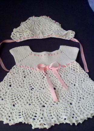 Красивое вязаное платья ручной работы