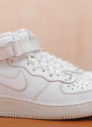 Белые кожаные высокие женские кроссовки nike air force, найк. 38 - 38,5 размер. оригинал