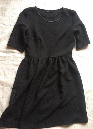 Чёрное платьице oodji