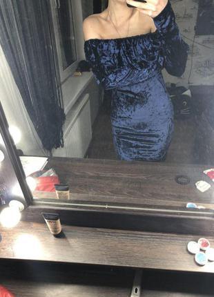Шикарное велюровое платье ручной работы