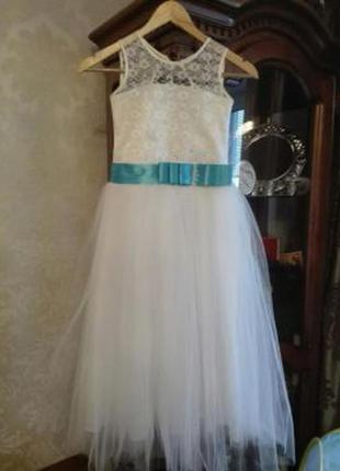 Платье нарядное (плаття,сукня)